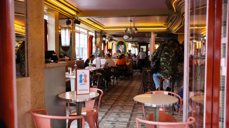 f7e7989fb4 A Tour of Montmarte's Iconic Filming Locations for 'Amélie'