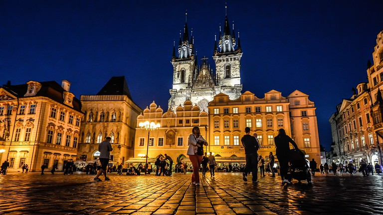20 Must-Visit Attractions in Prague on old town krakow poland map, old town san diego map, old town dubrovnik croatia map, finland helsinki map tourist,