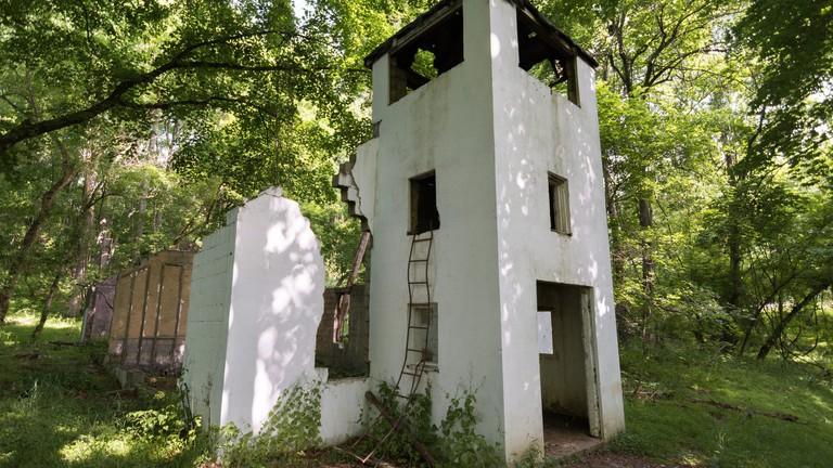 This Maryland Hiking Trail Takes You To An Abandoned Town