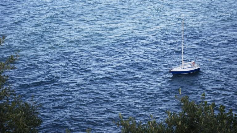 A Boat| ©Chaim Gabriel Waibel/Flickr