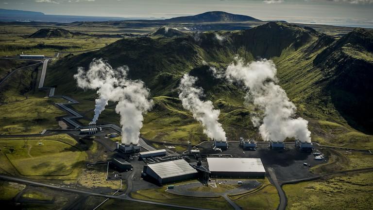 Hellisheidi Power Plant in Iceland   Photo by Arni Saeberg