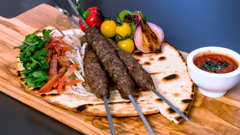 The Best Local Dishes to Eat In Dubai