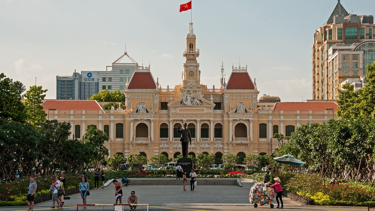 How to Be Street-Wise in Ho Chi Minh City, Vietnam