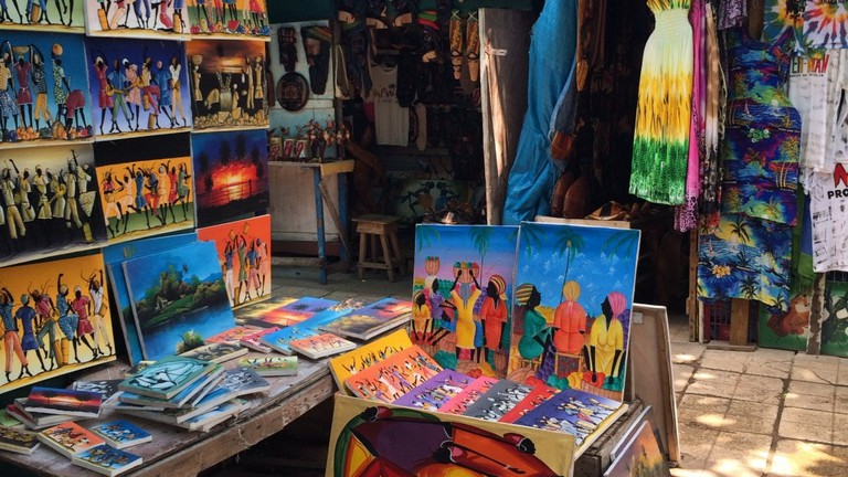 An Essential Guide to Kingston Craft Market in Jamaica