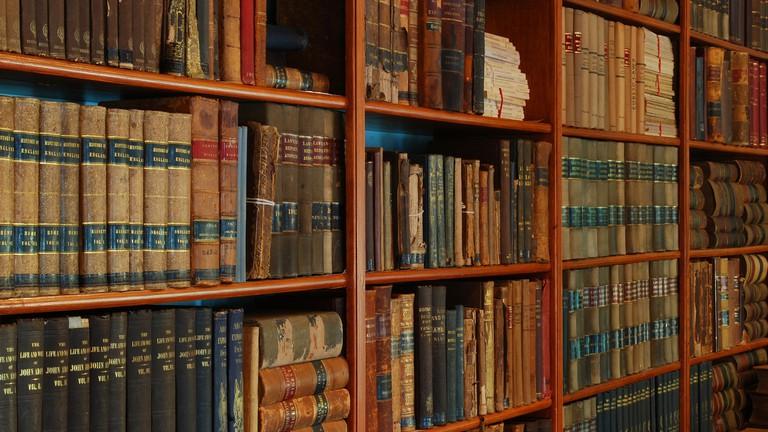 10 Poems That Define Russian Literature