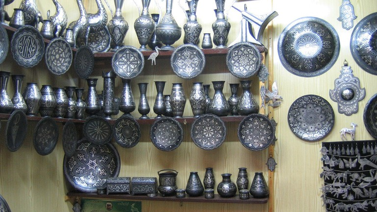 Eye-catching damascene metalwork in Meknes   © Lietmotiv/Flickr