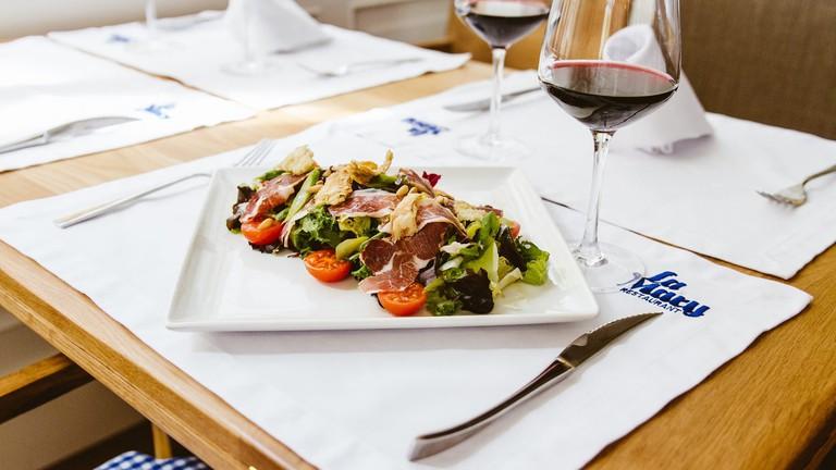 Food at Restaurante La Mary, Valencia.