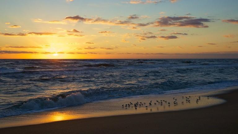 Outer Banks sunrise   © Karen Blaha / Flickr