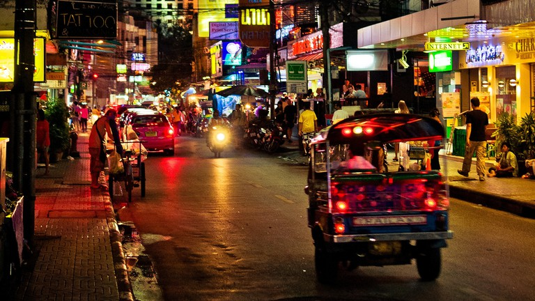 There's lots to do in Sukhumvit by day and by night | © Mark Fischer/Flickr