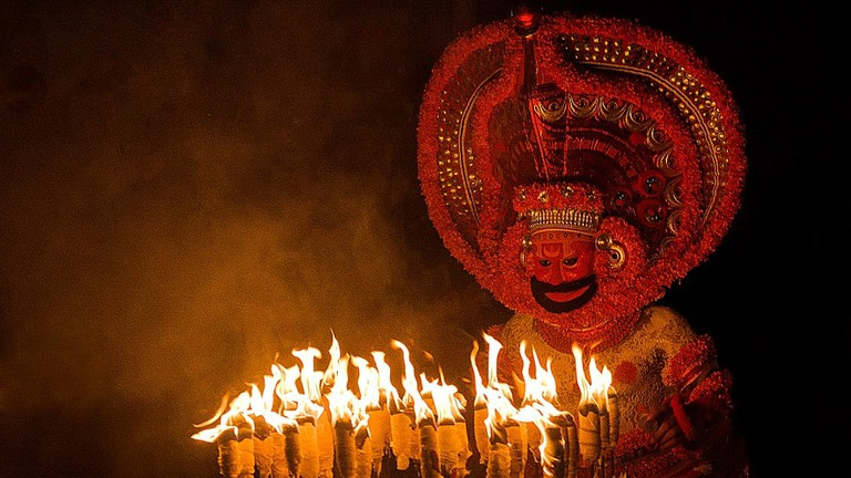 Theyyam, a ritual form of worship in northern Kerala   © Uajith / WikiCommons