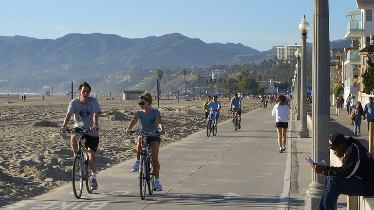 5 Best Bike Rides On The Los Angeles Coast