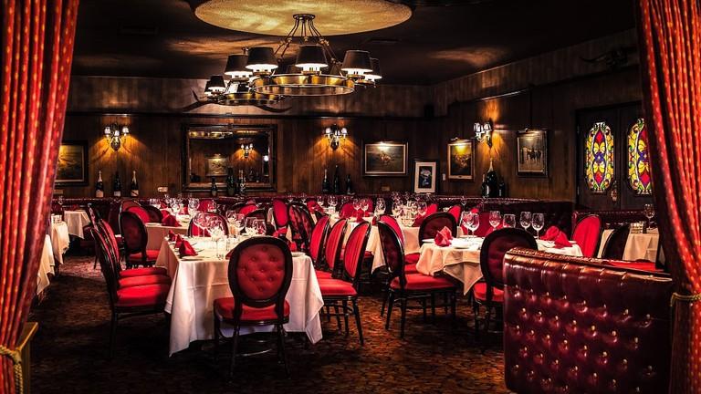 The 12 Best Old School Bars Restaurants In Las Vegas