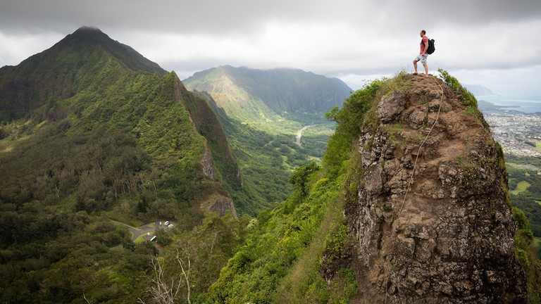The Story Behind Hawaii's Famous Pali Notches