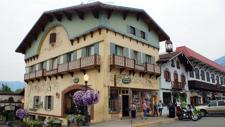 Leavenworth German Christmas Town Washington.Inside Leavenworth Washington S Own Bavarian Village