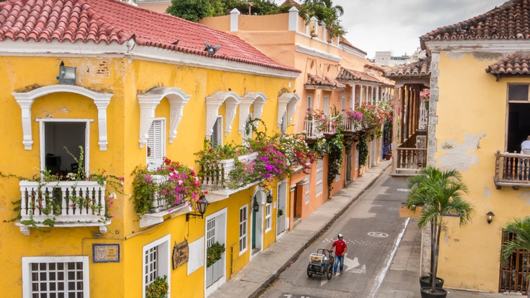 10 Things to Know Before Visiting the Walled City of Old Cartagena, Colombia