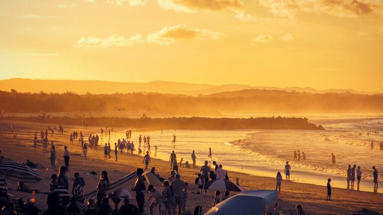 Rolling waves at Noosa Main Beach