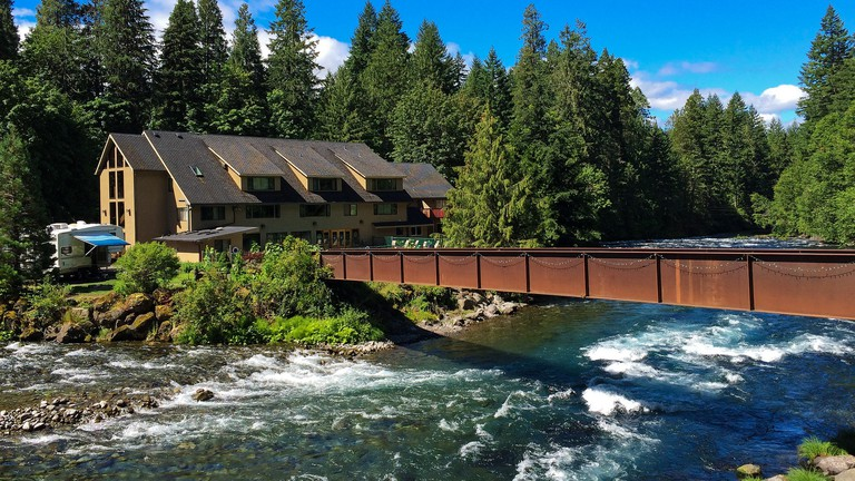 The 10 Most Relaxing Hot Springs in Oregon