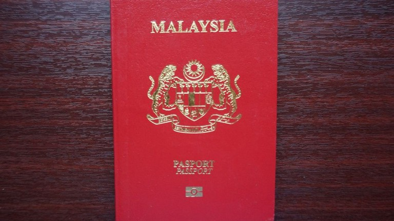 How to Apply For and Renew Your Visa in Malaysia