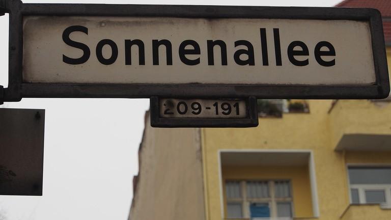Sonnenallee street sign | © tyskfagetdk / Pixabay