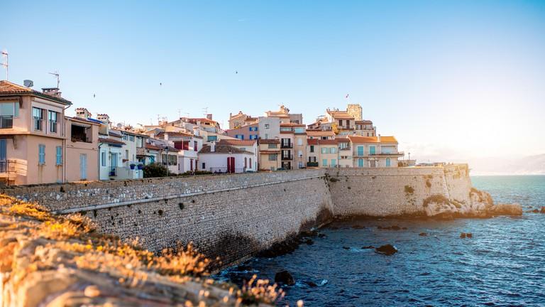 Antibes - Arts et Voyages