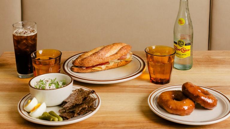 The 15 Best Chicago Restaurants For Brunch And Breakfast