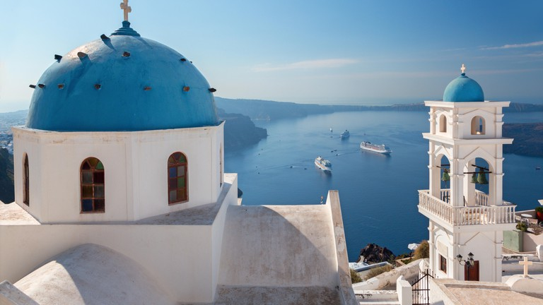 How to Spend 48 Hours on Santorini, Greece