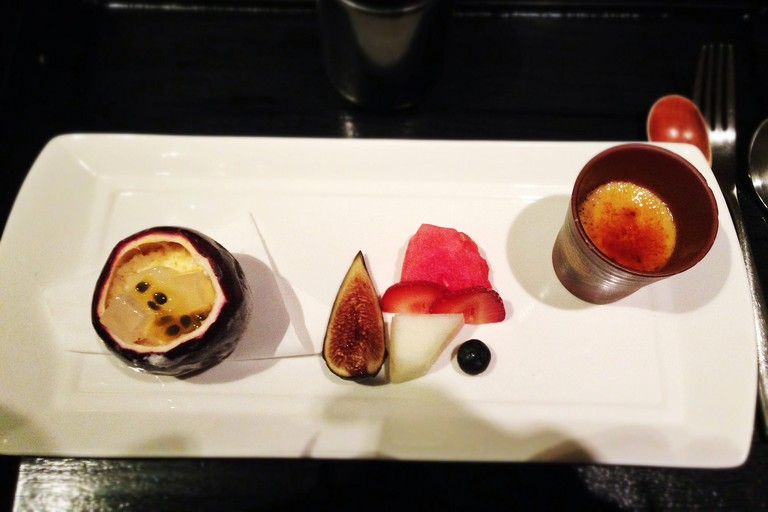 Passionfruit crème brulée