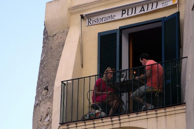 Pulalli Wine Bar