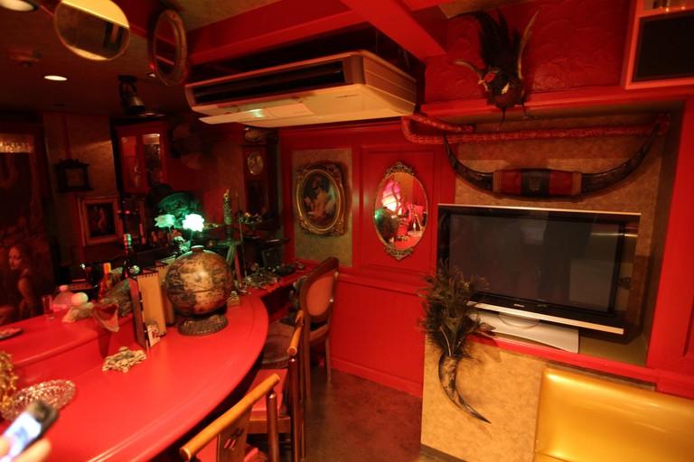 Old Kinguu Interior