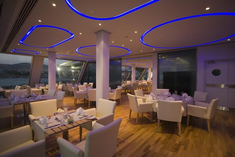 Sailor's Rest Lounge Bar Restaurant at St Raphael Marina