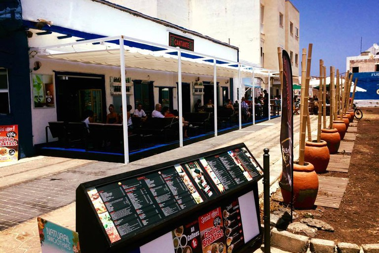 Cantante Cafe