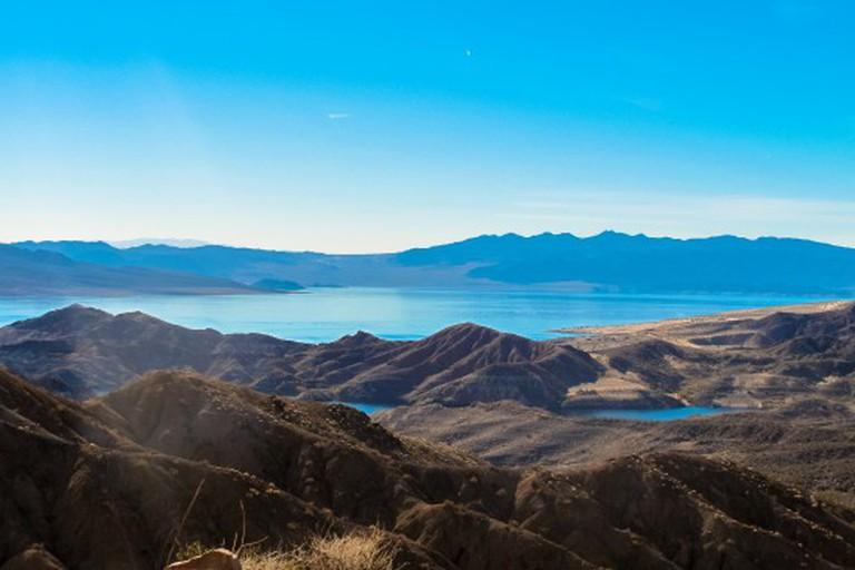 Hiking Lake Mead NRA | © marcwings/Flickr