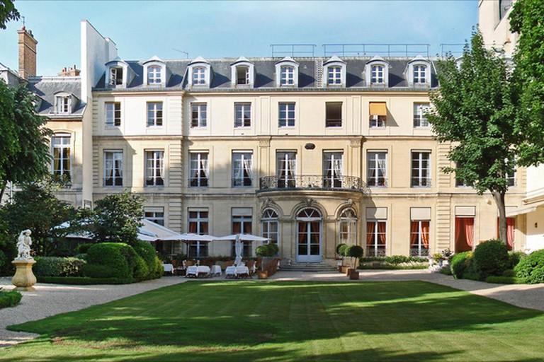 The gardens at the Maison de l'Amérique Latine
