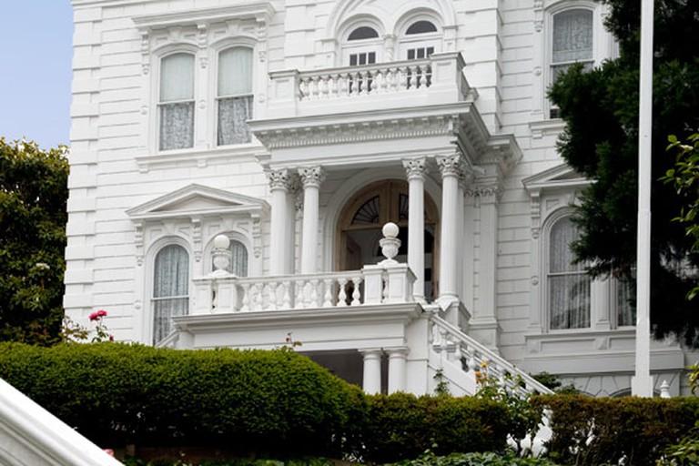 The stately white Casebolt House | Photo Courtesy of NoeHill.com