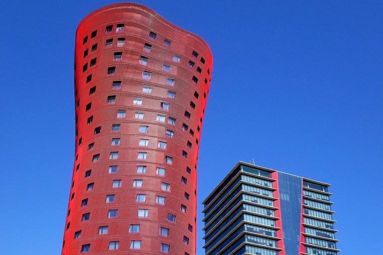 Hospitalet de Llobregat-Plaza de Europa, Torres de Toyo Ito (Torres Porta Fira)