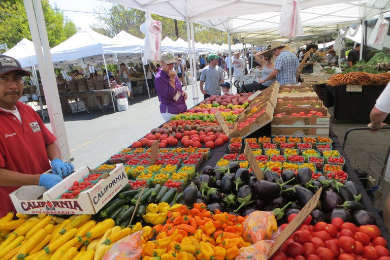 Produce at Brentwood Farmers Market |©David Wilson/Flickr