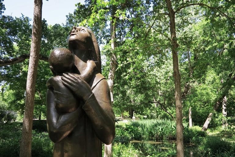 Mother and Child, by Charles Umlauf. Umlauf Sculpture Garden