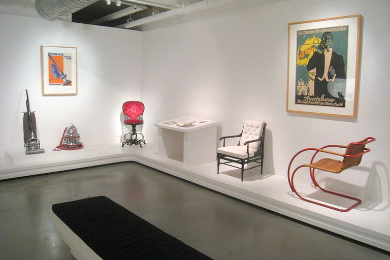 The contemporary functionalist exhibit