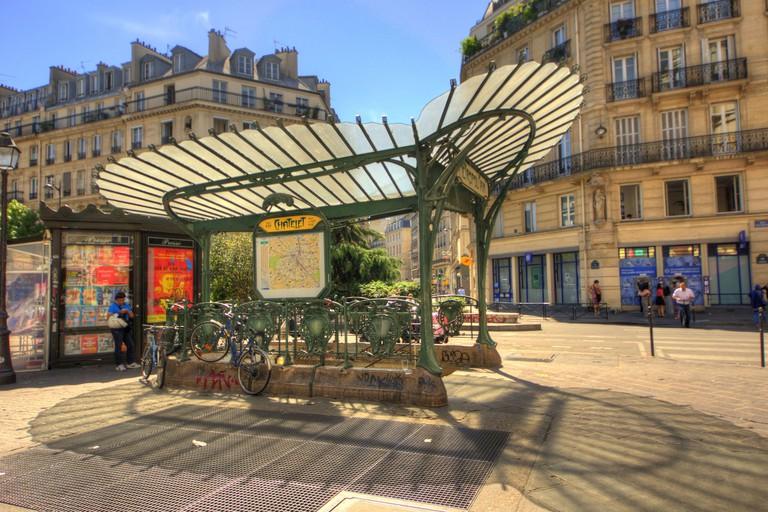 Chatelet metro entrance │