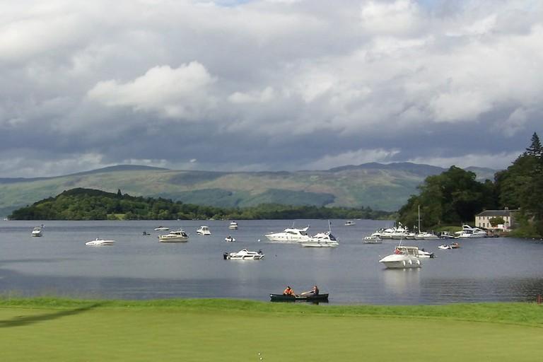 17th Green Of Loch Lomond Golf Course | © John Fielding/Geograph