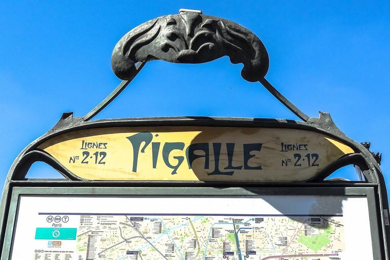 Pigalle metro  │