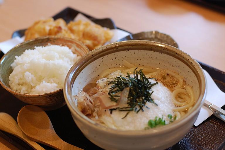 Tororo on udon | © kimishowota/Flickr