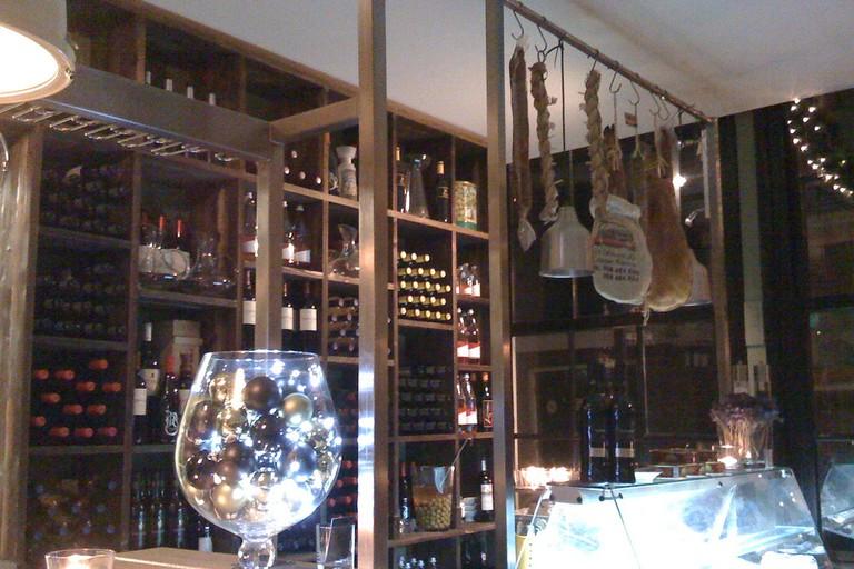 Inside La Oliva