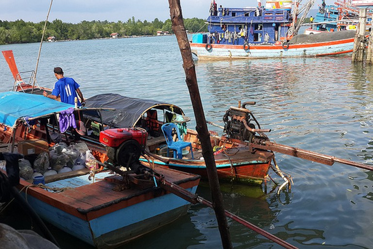 Longtail Boat to Koh Bulon Lae | © Flora Wong/flickr