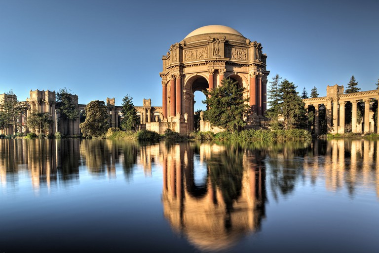 The Palace of Fine Arts in San Francisco, California at sunrise