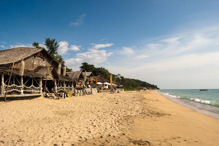 Bars on the beach, Koh Lanta | © dronepicr/flickr