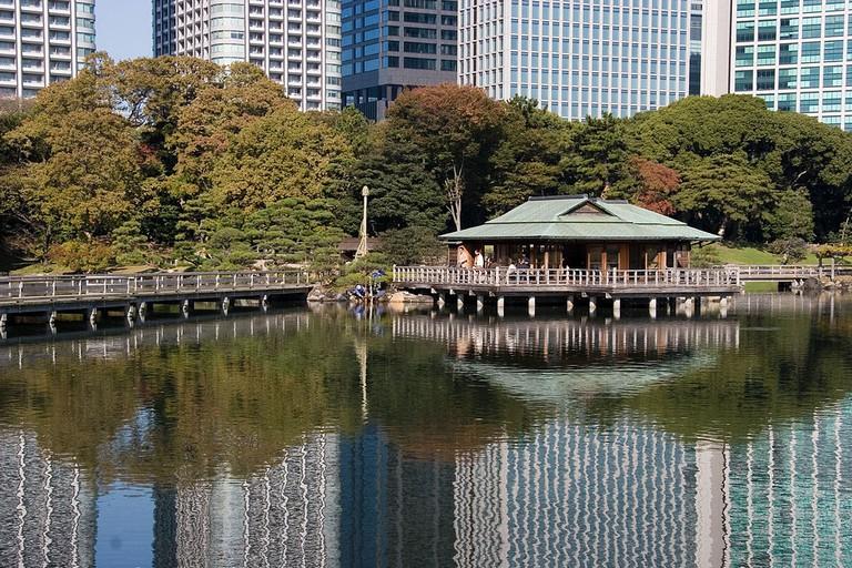 Nakajima no Ochaya in Hamarikyu Gardens, Chuo