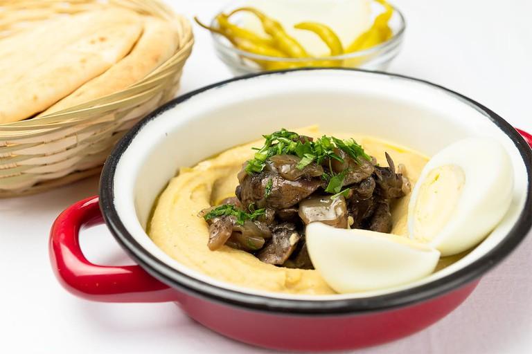 Order hummus at La Hummuseria