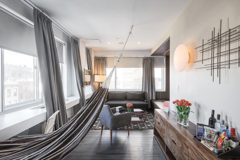 NU Hotel Urban Suite