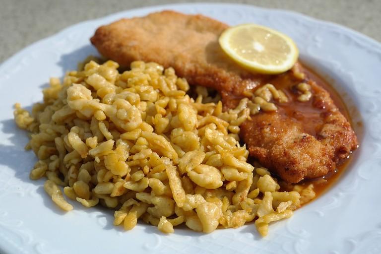 Spaetzle and chicken